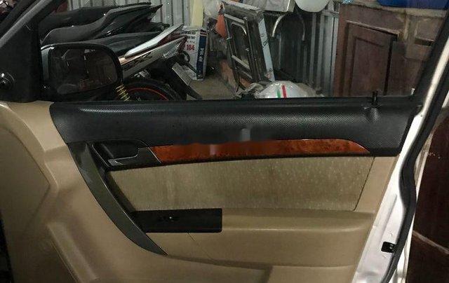 Bán xe Daewoo Gentra đời 2011, màu bạc số sàn6