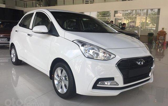 Cần bán Hyundai Grand i10 năm sản xuất 2020, màu trắng0