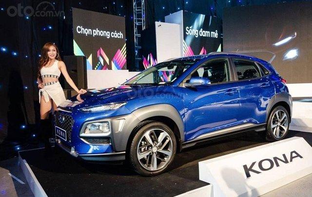 Cần bán xe Hyundai Kona sản xuất 2020, màu xanh lam0