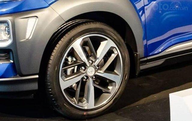 Cần bán xe Hyundai Kona sản xuất 2020, màu xanh lam1