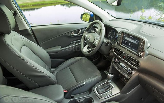 Cần bán xe Hyundai Kona sản xuất 2020, màu xanh lam3