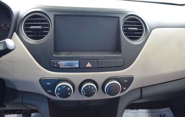 Bán xe Hyundai Grand i10 1.2MT Base, dáng sedan, màu trắng5