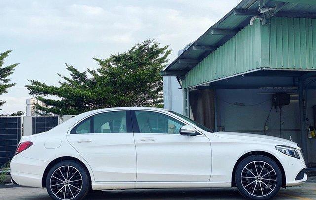 Xe Mercedes C200 Exclusive 2020: Thông số, giá lăn bánh (11/2020) giảm tiền mặt, tặng bảo hiểm, 02 năm bảo dưỡng1