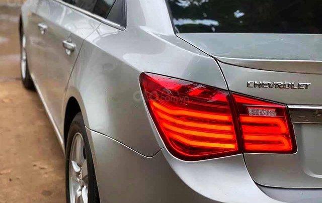 Cần bán Chevrolet Cruze năm sản xuất 2012, màu bạc, xe nhập, số sàn 2