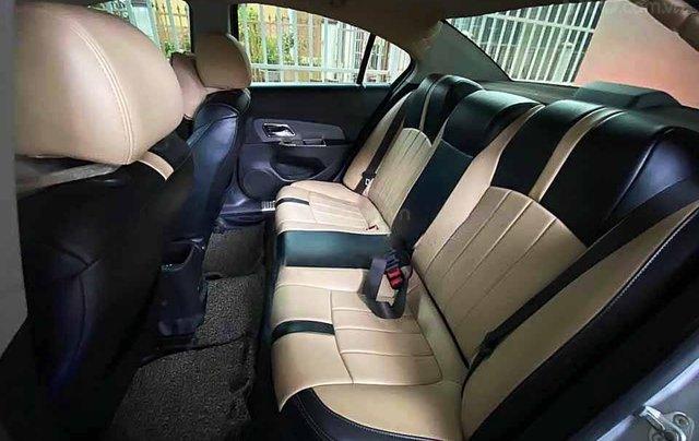 Cần bán Chevrolet Cruze năm sản xuất 2012, màu bạc, xe nhập, số sàn 3