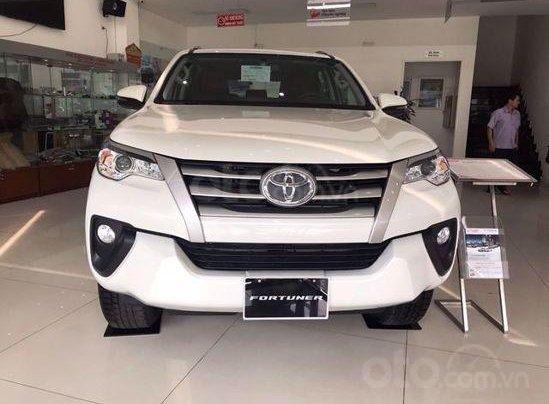 Cần bán Toyota Fortuner 2020, màu trắng0