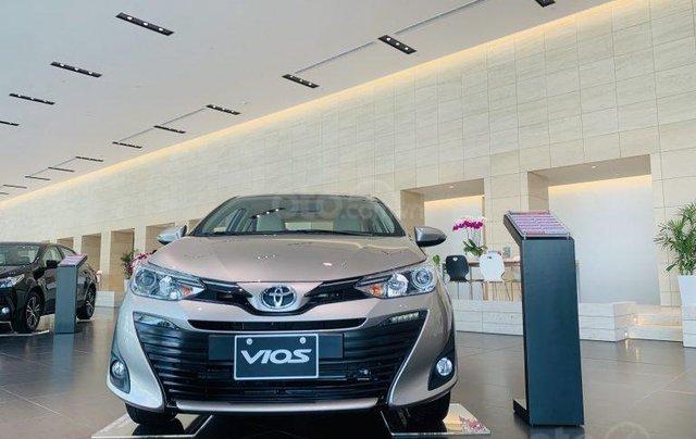 Cần bán Toyota Vios 1.5E MT 2020 giá cực tốt, nhiều ưu đãi, sẵn màu giao ngay, hỗ trợ trả góp 85%0