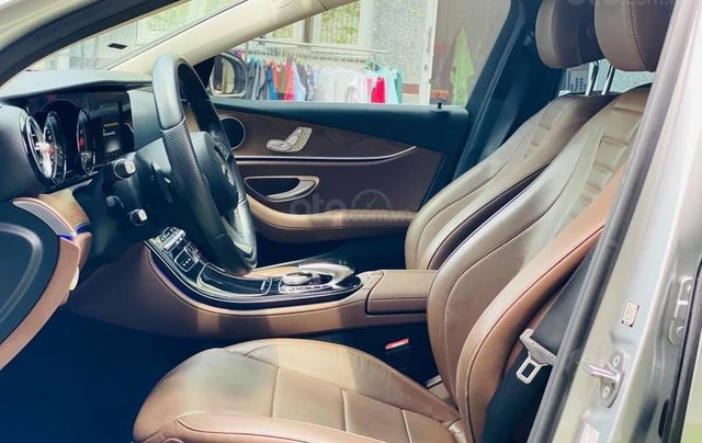 Bán Mercedes E200 model 20185