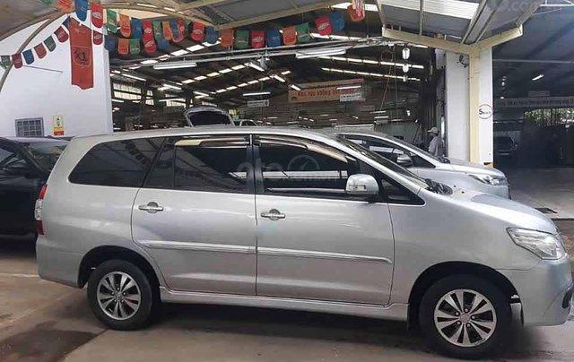 Bán Toyota Innova sản xuất năm 2015, màu bạc còn mới1