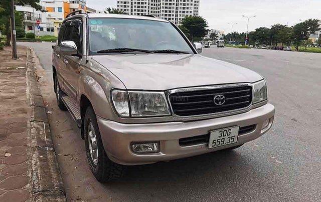 Cần bán xe Toyota Land Cruiser năm sản xuất 2002, màu hồng còn mới0