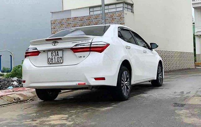 Bán Toyota Corolla Altis sản xuất 2018, màu trắng, số tự động 1