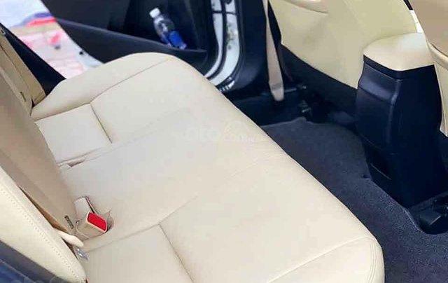 Bán Toyota Corolla Altis sản xuất 2018, màu trắng, số tự động 3