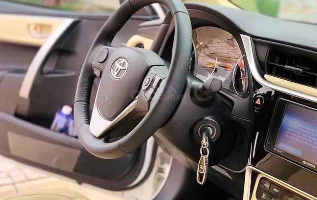 Bán Toyota Corolla Altis sản xuất 2018, màu trắng, số tự động 4