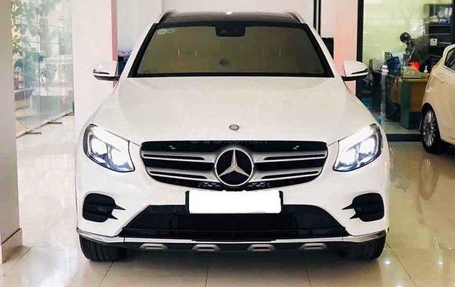 Bán Mercedes GLC-Class năm sản xuất 2018, màu trắng còn mới0