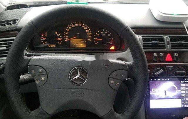 Bán Mercedes-Benz E240 sản xuất 2001, xe nhập, giá chỉ 190 triệu6