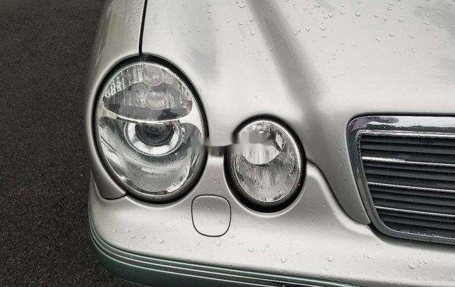 Bán Mercedes-Benz E240 sản xuất 2001, xe nhập, giá chỉ 190 triệu3