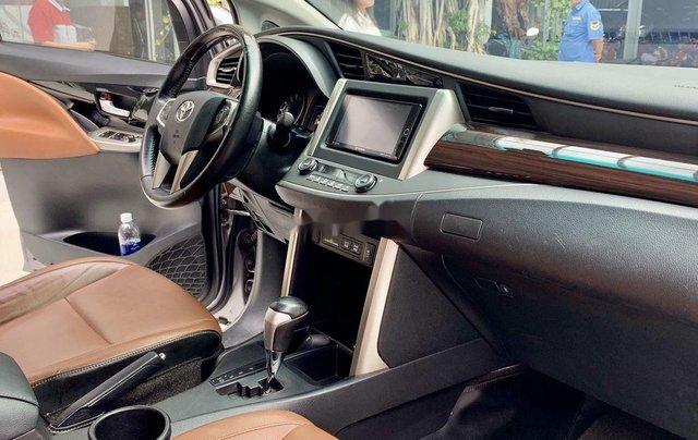 Bán Toyota Innova năm 2017, giá chỉ 750 triệu, chính chủ sử dụng còn mới2