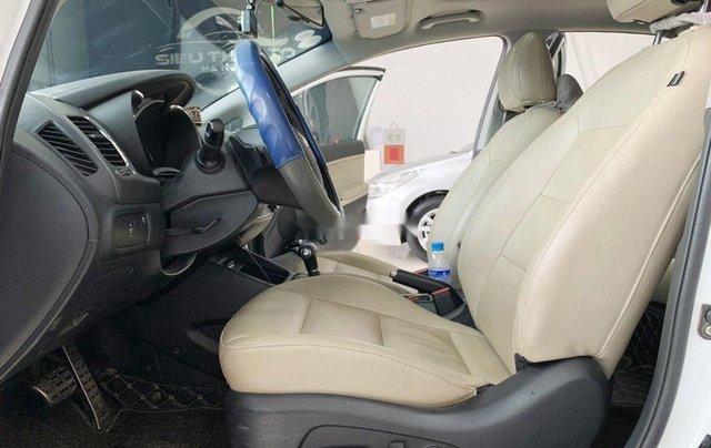 Cần bán gấp Kia Cerato sản xuất 2017, xe giá tốt, giao nhanh 6