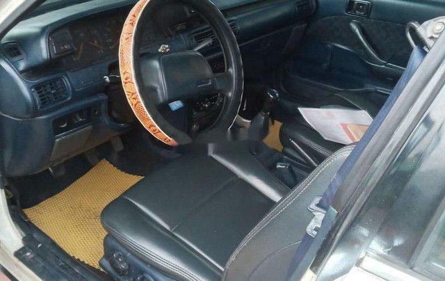 Bán Toyota Camry sản xuất năm 1988, màu trắng, nhập khẩu nguyên chiếc4