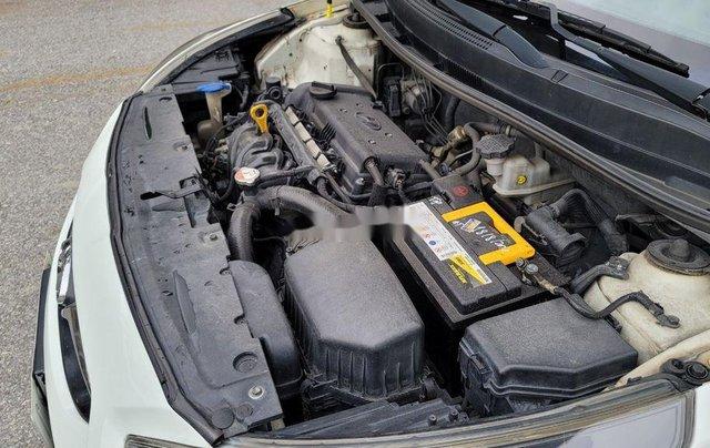 Bán xe Hyundai Avante sản xuất 2016, giá thấp, động cơ hoạt động tốt, giá mềm11