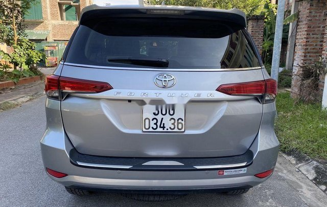 Bán Toyota Fortuner năm 2019, giá tốt, chính chủ sử dụng còn mới1
