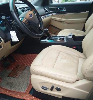 Bán Ford Explorer Limited sản xuất 2016, màu đen, bản full7