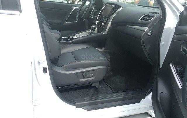 Mitsubishi Pajero Sport 2020 chính thức ra mắt, ưu đãi cực lớn, mẫu SUV 7 chỗ ngập tràn tính năng an toàn 11