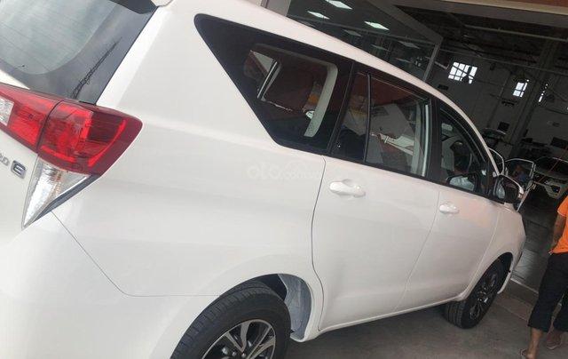 Cần bán xe Innova 2.0 số sàn giao ngay - khuyến mãi khủng cuối năm3