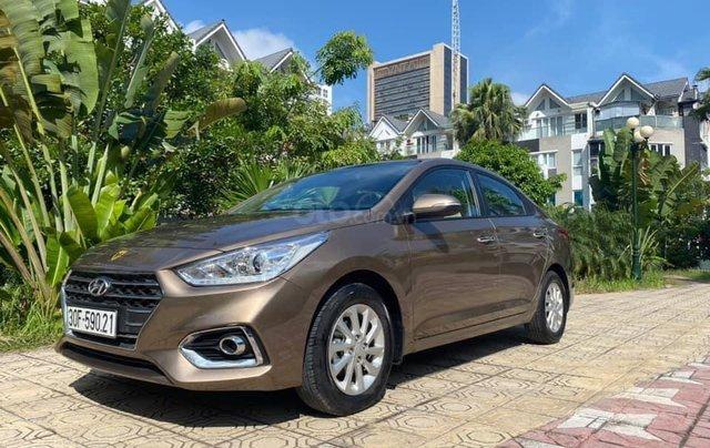 Cần bán gấp chiếc Hyundai Accent 1.4AT sản xuất năm 2019, chính chủ chạy ít1