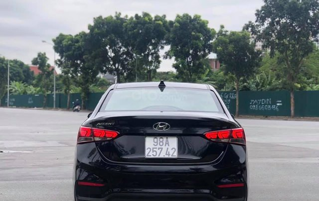 Em bán Hyundai Accent AT sản xuất 2019, xe đi được 30.000 km1
