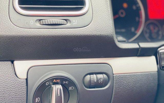 Cần bán Volkswagen Scirocco sản xuất 2009, màu xanh lam, xe nhập. Giá chỉ 460 triệu đồng6