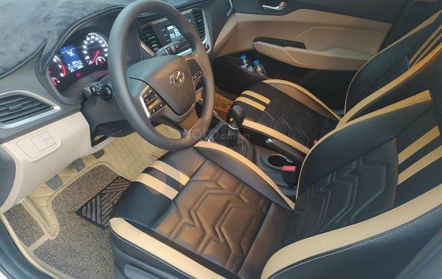Bán xe Hyundai Accent sản xuất 2020, màu trắng, số sàn, xe đẹp như mới12