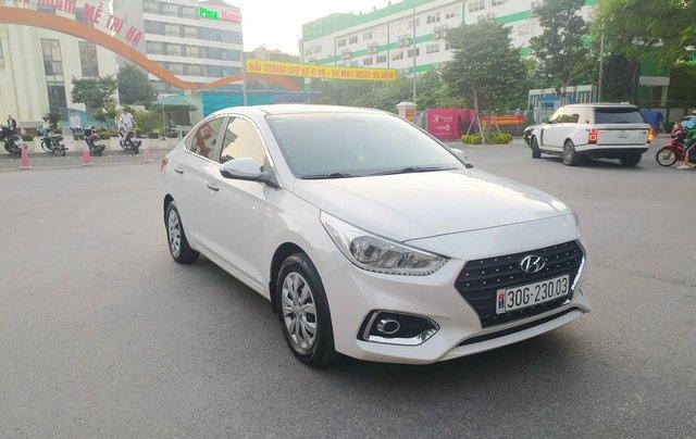 Bán xe Hyundai Accent sản xuất 2020, màu trắng, số sàn, xe đẹp như mới1
