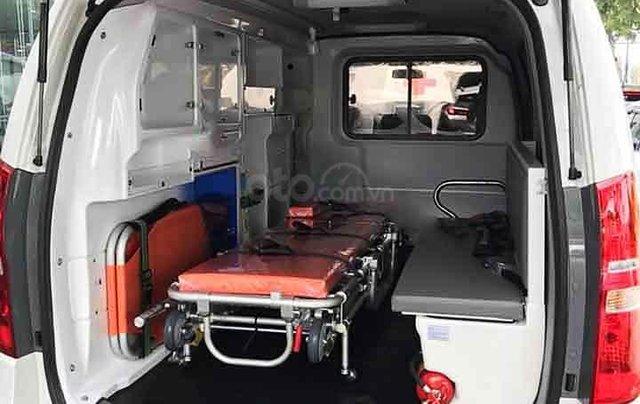 Bán ô tô Hyundai Grand Starex 2.5MT sản xuất 2020, màu trắng, nhập khẩu nguyên chiếc3