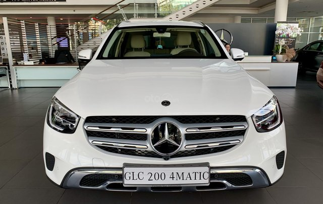 Hàng hot giao ngay GLC 200 4Matic-trắng/kem. Trước bạ giảm 50%-100tr, bảo hiểm thân xe, gói phụ kiện cao cấp0