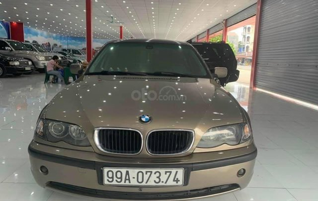 Cần bán BMW 325i SX 2003, xe đẹp không lỗi, màu vàng0
