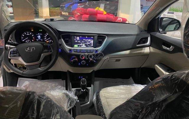Hyundai Accent 2020. Hỗ trợ lăn bánh giá tốt3