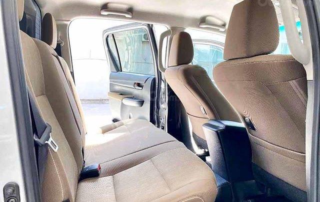 Bán Toyota Hilux đời 2019, màu bạc, nhập khẩu nguyên chiếc còn mới giá cạnh tranh4