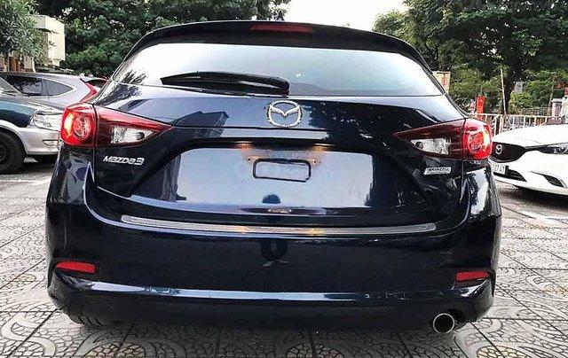 Cần bán gấp Mazda 3 năm 2018, màu xanh lam3