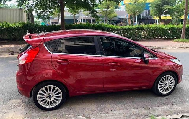 Bán ô tô Ford Fiesta Sport năm 2017, màu đỏ, giá chỉ 420 triệu2