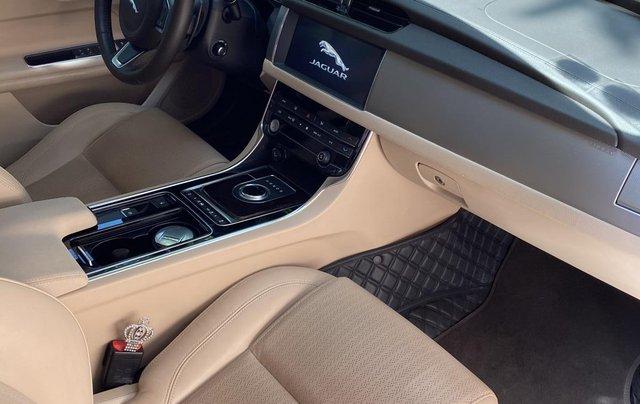 Bán Jaguar XF 2.0 Prestige 2019 gần như mới tinh7