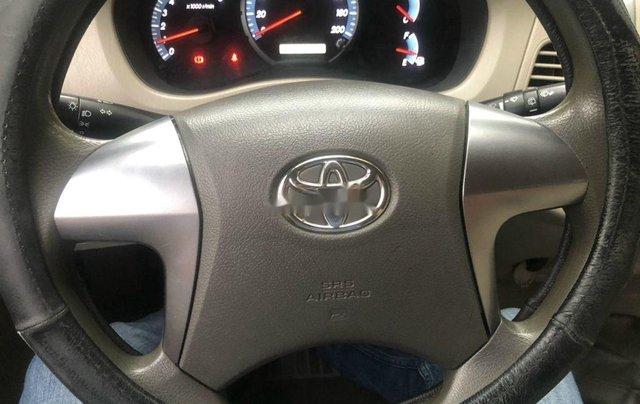 Bán Toyota Innova đời 2016, xe chính chủ3