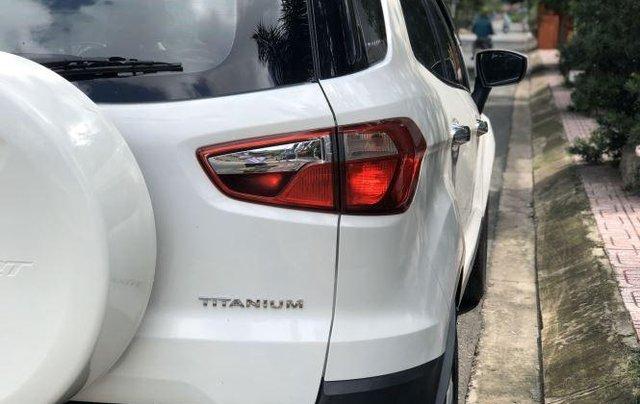 Bán Ford EcoSport Titanium sản xuất năm 2016, màu trắng4