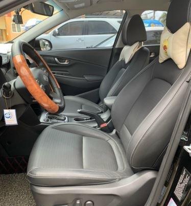Bán xe Hyundai Kona năm 2019, màu xanh bản đặc biệt9
