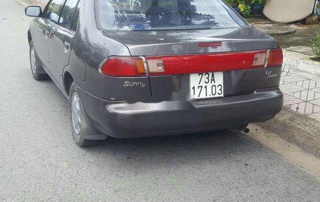 Cần bán xe Nissan Sunny sản xuất 1997, xe nhập, giá tốt1