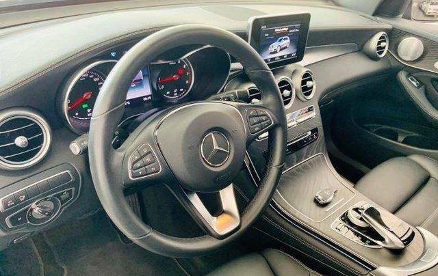 Auto bán Mercedes GLC300 4Matic sản xuất 2018, màu đen7