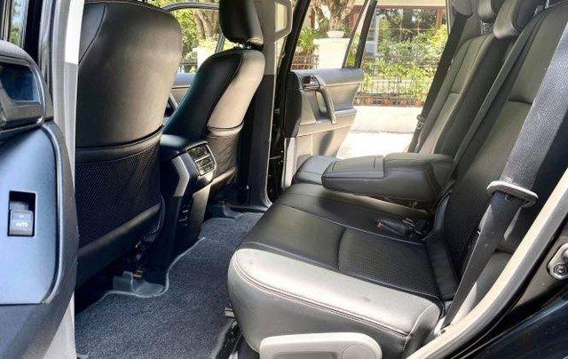 Cần bán xe Toyota Land Cruiser sản xuất năm 2010, màu đen, xe nhập còn mới7