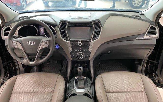 Bán Hyundai Santa Fe sản xuất 2017, màu đen, giá 890tr2