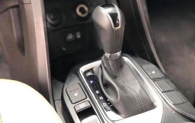 Bán Hyundai Santa Fe đời 2019, màu trắng, bản full option6