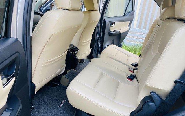 Bán Toyota Fortuner năm 2019, giá tốt, chính chủ sử dụng còn mới7